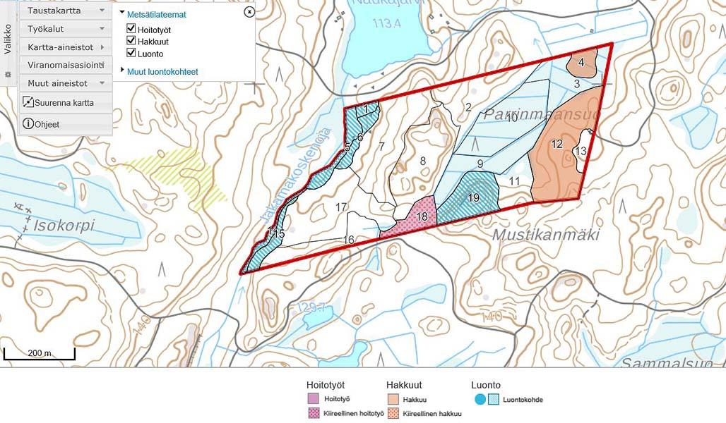 Kuvassa on karttanäkymä Metsään.fi-palvelusta, jossa näkyvät kuvioittain ehdotetut hoitotyöt, hakkuut sekä tiedot luontokohteista.